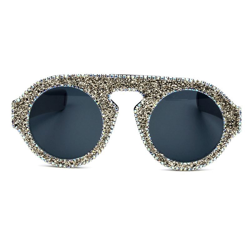 d6c5e8c8b Melhor 2018 Nova Moda Óculos De Sol Das Mulheres de Luxo de prata diamante  Redondo cor Side Estilo homens Óculos de Sol Marca Designer Óculos Vintage  Barato ...