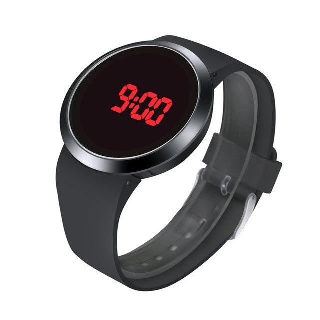 33dda88efaf Homens da moda À Prova D  Água LED Touch Screen Data Dia Silicone Relógio de