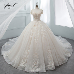 Image 1 - Fmogl יוקרה מתוקה תחרת כדור שמלת חתונת שמלת 2020 קפלת רכבת אפליקציות קריסטל שמלות הכלה Vestido דה Noiva