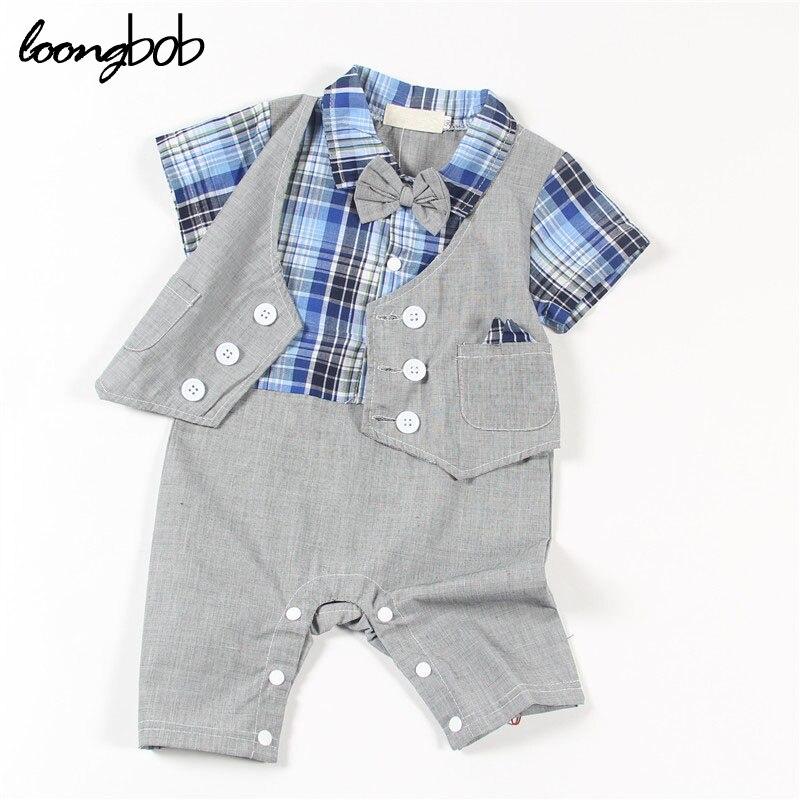 Niños bebés gentleman mamelucos del estilo infantil de la ropa a cuadros de  manga corta traje + gris sólido chaleco chicos ropa sencilla 8ed748973a1e