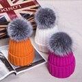 2016 Coreano 15 cm bola elástica senhora malha chapéu do inverno pompom chapéu tampas quentes chapéus para as mulheres com grande bola de pele de Raposa