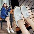 2016 Novos Chegada das Mulheres Moda Outono inverno Estilo Casual Sapatos Brancos do Sexo Feminino Respirável Lace-up Sapatos Baixos