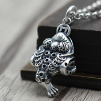 feet golden toad sweater chain pendant and fine silver restoring ancient ways kaiyun coin everyone personality pendant