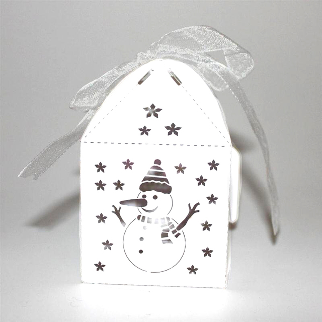 Us 6 78 41 Off 50pcs Hollow Out Fashion Snowman Pattern Paper Gift Box Asamento Caixa Corte A Laser Candy Boxes Gift Bags Christmas Decor In Gift