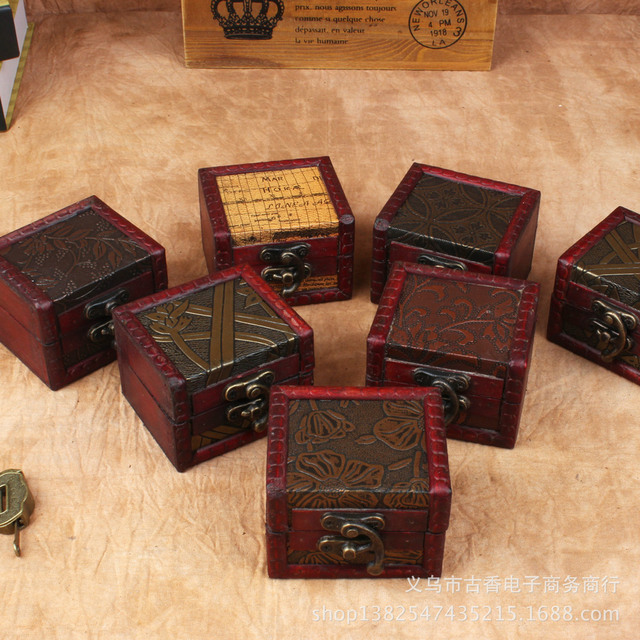 Manufacturers Supply The Finest Antique Box Small Square European Retro Wooden Storage Special