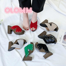 Summer cool slippers female 2019 new Korean version high heel thick and cross