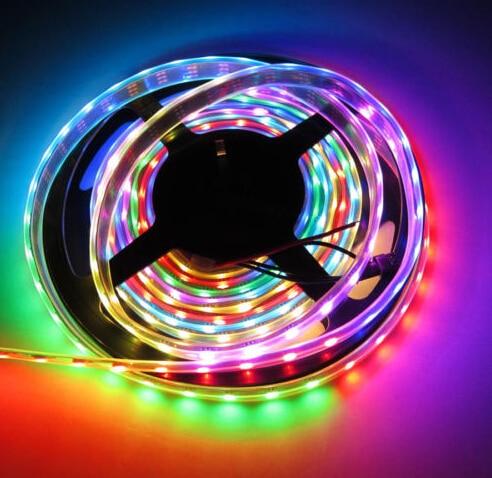 5M / partija Ūdensnecaurlaidīgs IP67 30dm / m WS2812 WS2811 IC 5V 5050 SMD adresējamais sapnis Dream krāsu RGB LED sloksne Pilna krāsa