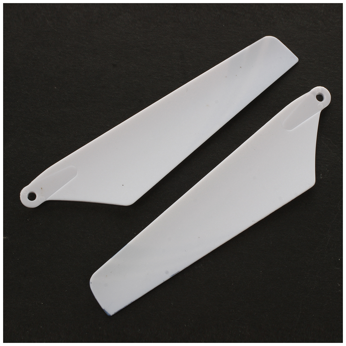 New Syma 4pcs spare blades for helicopter rotor rc S107, BlueNew Syma 4pcs spare blades for helicopter rotor rc S107, Blue