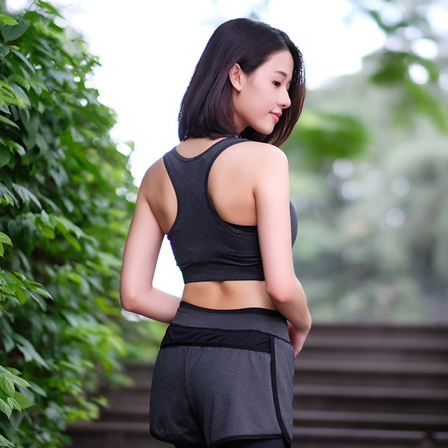 Quick Drying Professional Sports Bra Fitness Padded Stretch Workout Top Vest Running Wireless Underwear for Women