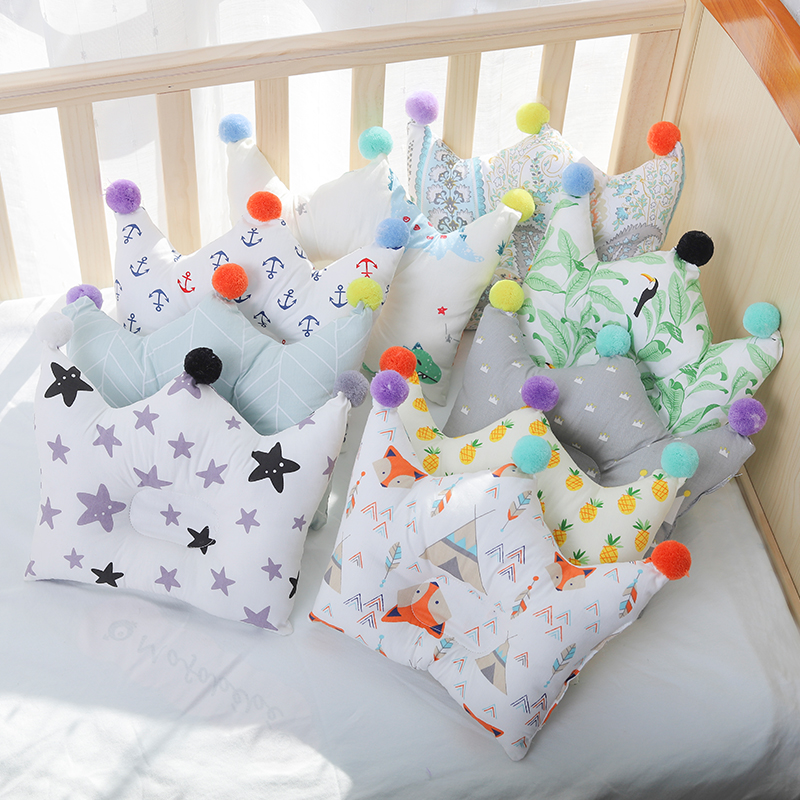 [Simfamily]Baby Head Protection Pad Pillow Prevent Flat Head Baby Neck Nursing Infants Crown Dot Pillows Newborn Room Decoration