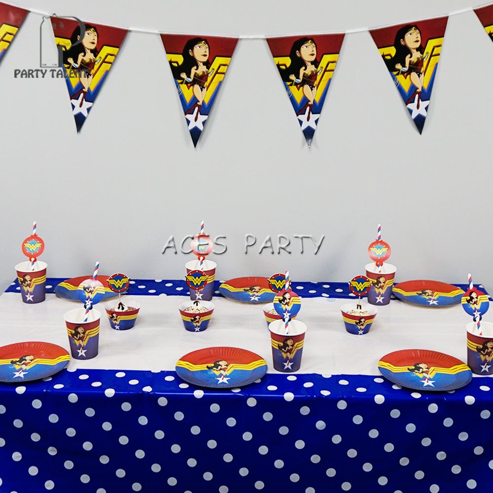 Karate Party Cups Set of 12 With Lids Straws