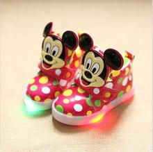 Children's Casual Shoes New Comfortable Light Sport Kids Shoes Boys Girls Flash Sneakers Wearable Luminous LED Snow Boot