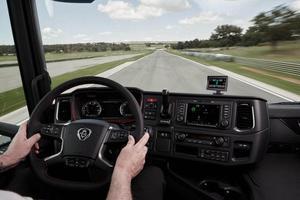Image 2 - Top qualität auto alarm auto styling TPMS für lkw unterstützung 6 räder reifen druck LCD monitor system mit 6 Externe sensoren