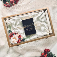 Cocostyles bespoke blank high end gold frame acrylic gift box with gold foiling logo for groomsmen and bridesmaid gift box