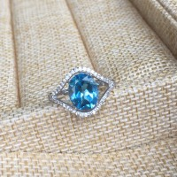 ZT Classic S925 Sterling Silver Ladies Ring Inlaid Natural Blue Topaz Female Jewelry Luxury High End
