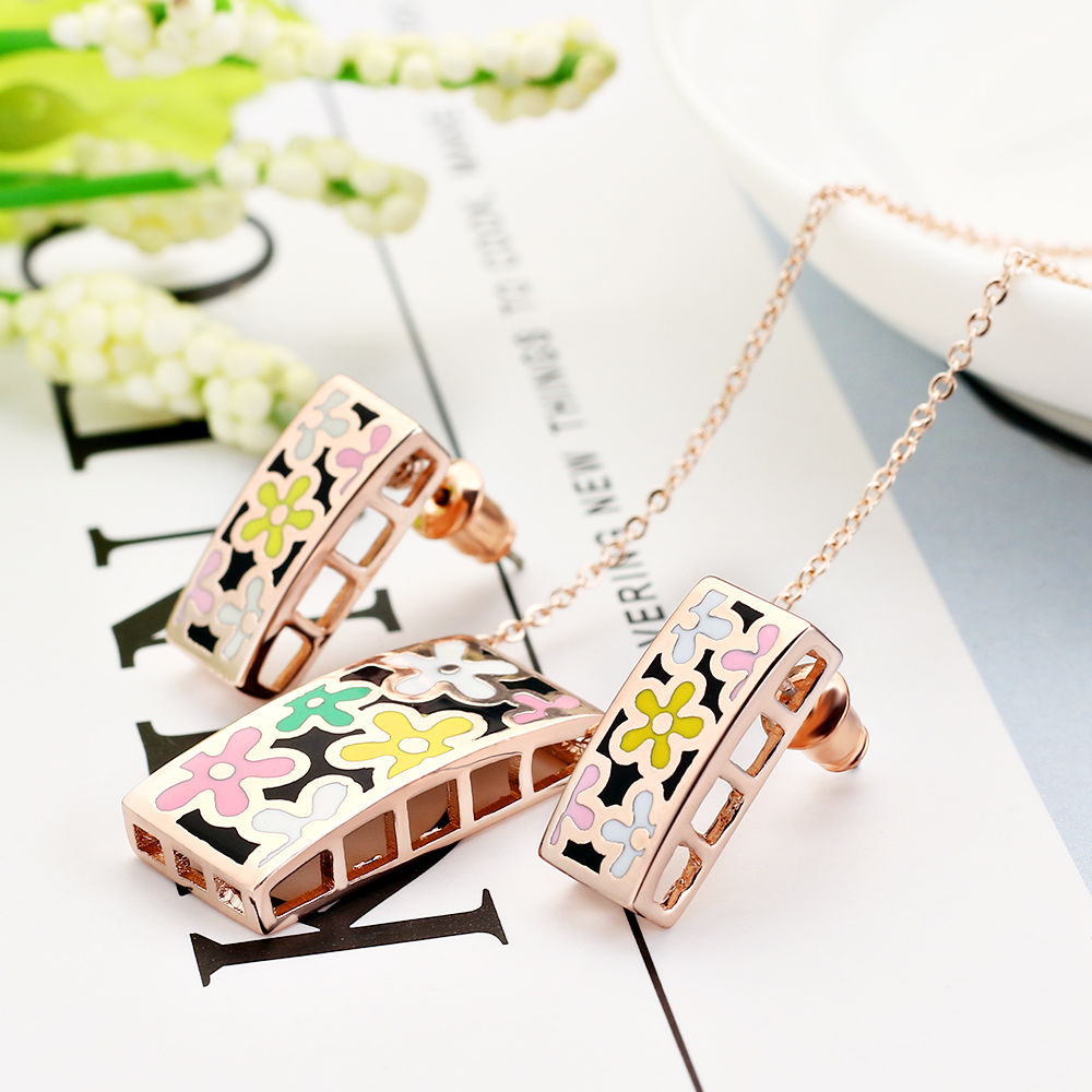 2017 New Gold-color Jewelry Sets Women Pattern Design Shape Vintage Adornment Enamel blessing Necklace Earring Jewelry Sets