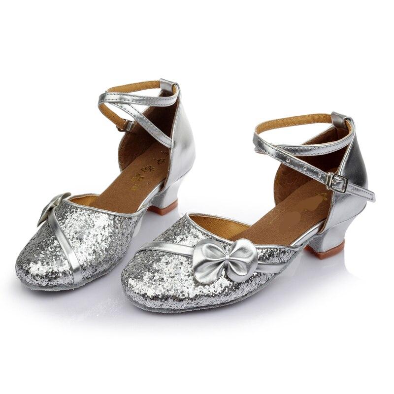 uk availability 08c95 c8af3 US $13.43 54% di SCONTO|New Latin Scarpe Da Ballo Tacchi Bassi Scarpe di  Paillettes Salsa Tango Ballo liscio Per Le Donne Capretti Ragazze Dei  Bambini ...