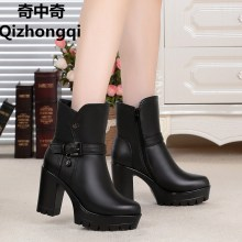 2017 winter new real leather-based ladies ankle boots, high-heeled leather-based ladies Martin boots wool lined heat snow boots feminine