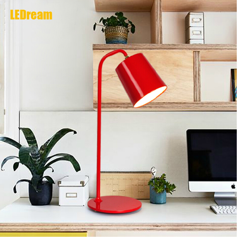 ФОТО desk lamp, contracted and contemporary study bedroom adornment fashion creative personality bedside lamp