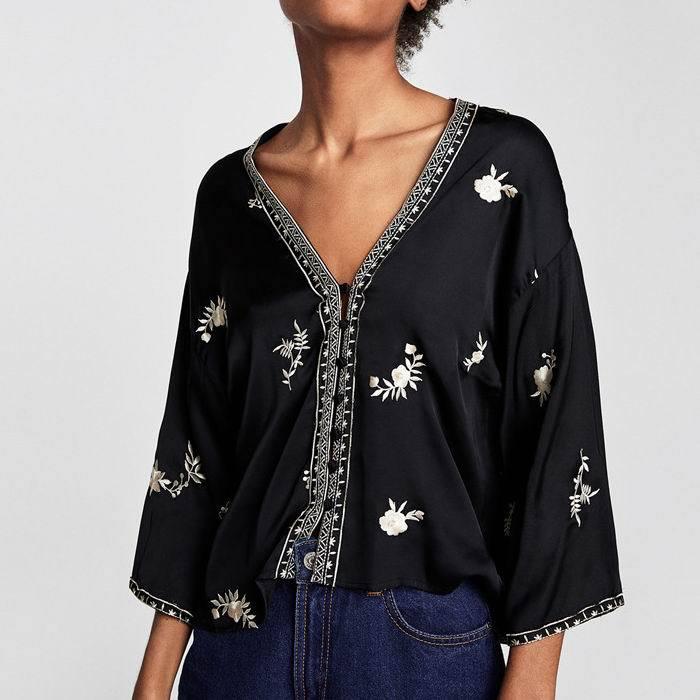 1 Camisa Ladies Floral Satén Mujeres Corta Bordado Más Kimono Feminina  Blusas Para Mujer V Tops Blusa Y cuello 2 2018 Gasa frq7Rwf c9c91489dcb9