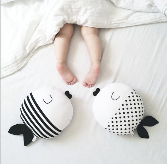 Crianças Travesseiro Almofada Cama de Bebê Crianças Carrinho De Criança Travesseiro enfant Quarto Decoração Peixe Travesseiro Pose Fotografia Newborn Adereços Travesseiro