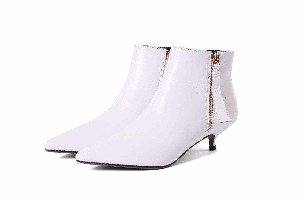 Chaussures Taille Pointu Talons Marque Femme Caractéristiques Naturel Cuir 2018 Solide Style Bout De White Bottes L56 Britannique Lenkisen noir Bas Classiques En Grande 7q8zw66a