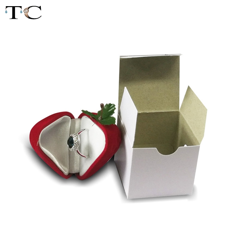 Jewelry Box Strawberry Flocking Ring Jewelry Case Earring Ear Stud Case Gift Container Display Box Surprise Jewelry Packaging
