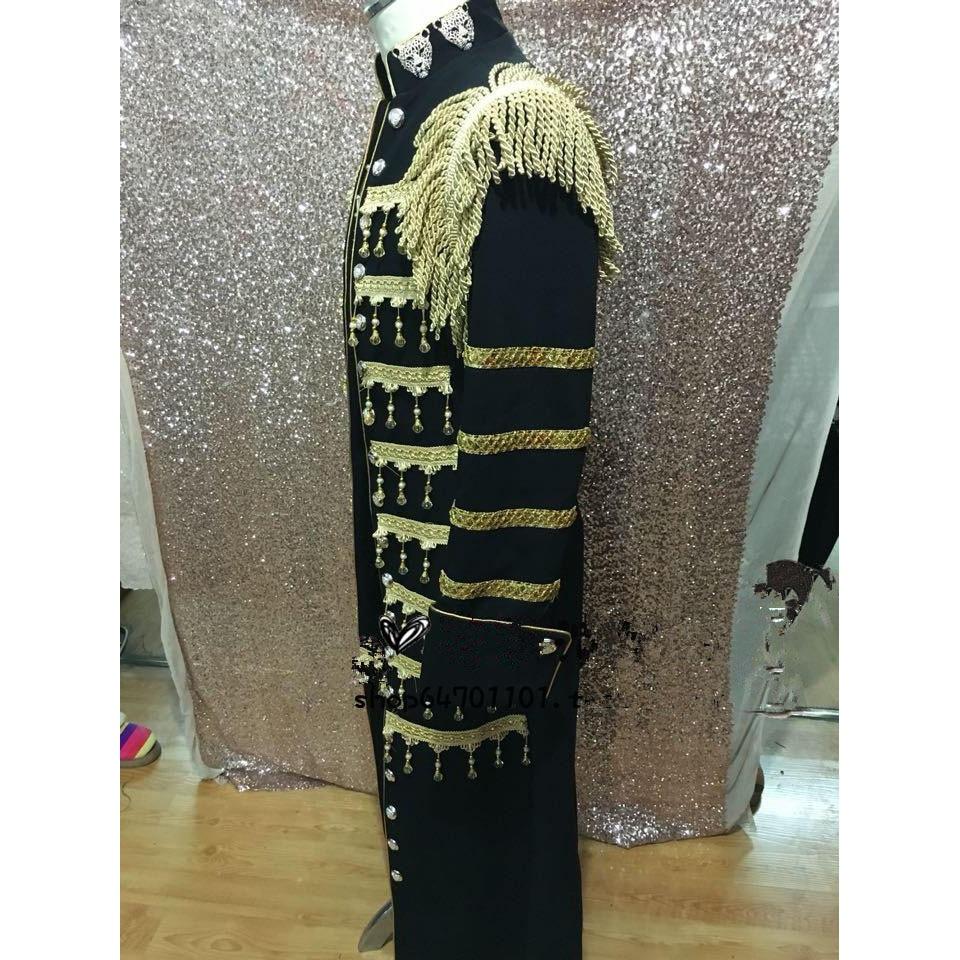 Ilgas juodas ir auksinis mandarinų apykaklės vyriškas kostiumas - Vyriški drabužiai - Nuotrauka 3