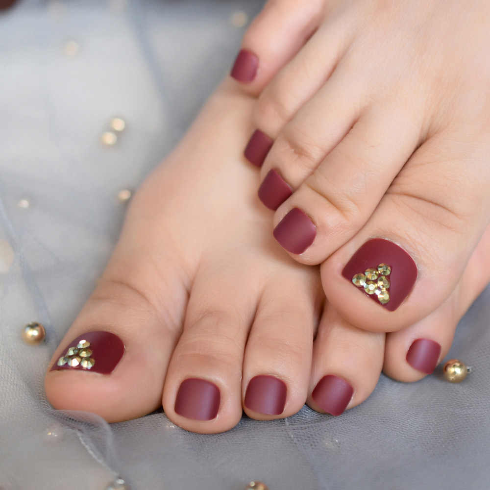 Matte Burgundy Fake False Toenails Press on Sticker 3D Gold Rhienstones Full Cover Toe Nails Tips Summer Wear Foot Nail Deco Tip