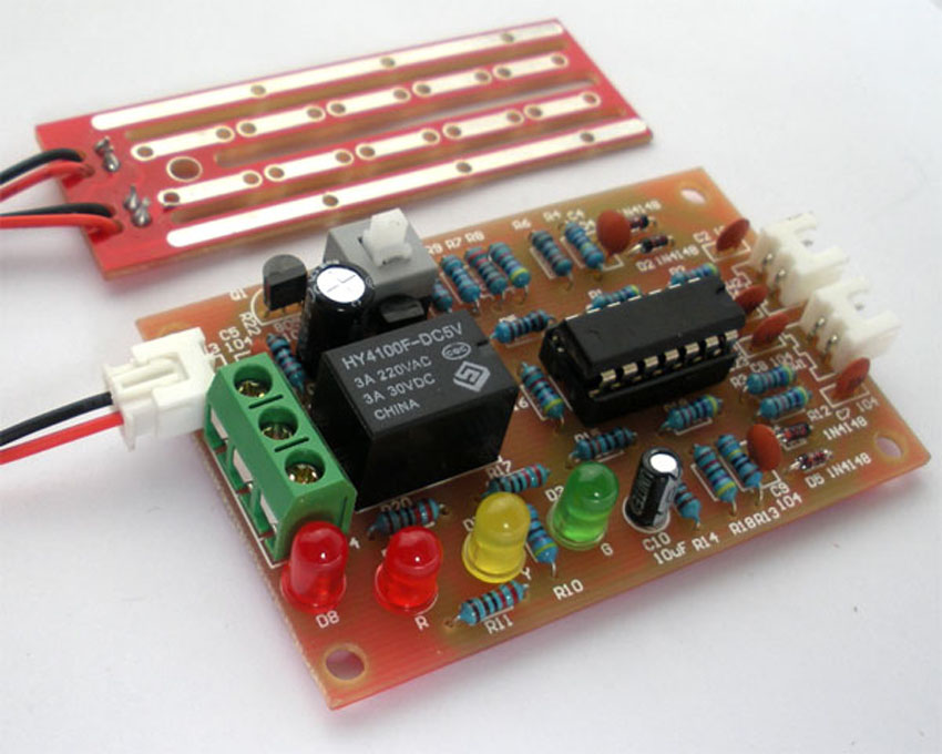 automatic water level controller Automatic water level controller is a device though which your sump electric motor will switched on automatically and get switched off automatically once tank is full there are companies available who will come and install these water level controller sets in your house for your sump and over head tank.