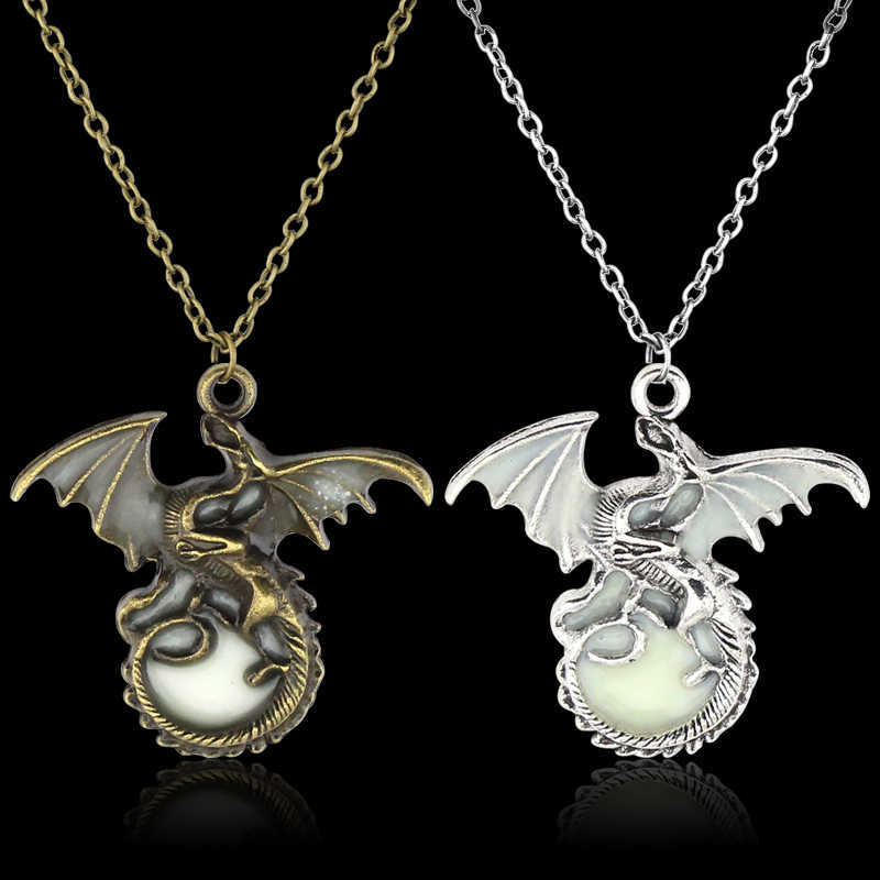 Kinds OF HBO's Game OF Thrones Pendant Necklace House Stark Winter Is Coming High Quality Gifts
