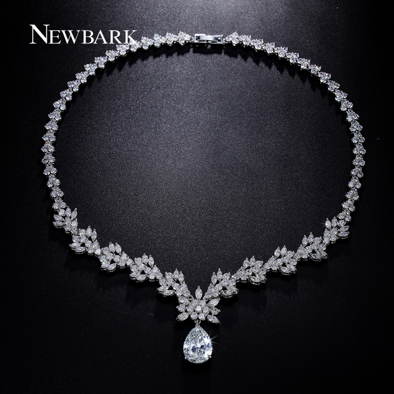 NEWBARK Women Snowflake Crystal Design Necklace Silver Color Zircon Stone Teardrop Pendant Necklaces For Grils Jewelry yoursfs 18k rose white gold plated snowflake necklace for girls crystal snowflake pendant necklace for women sparkle party jewelry