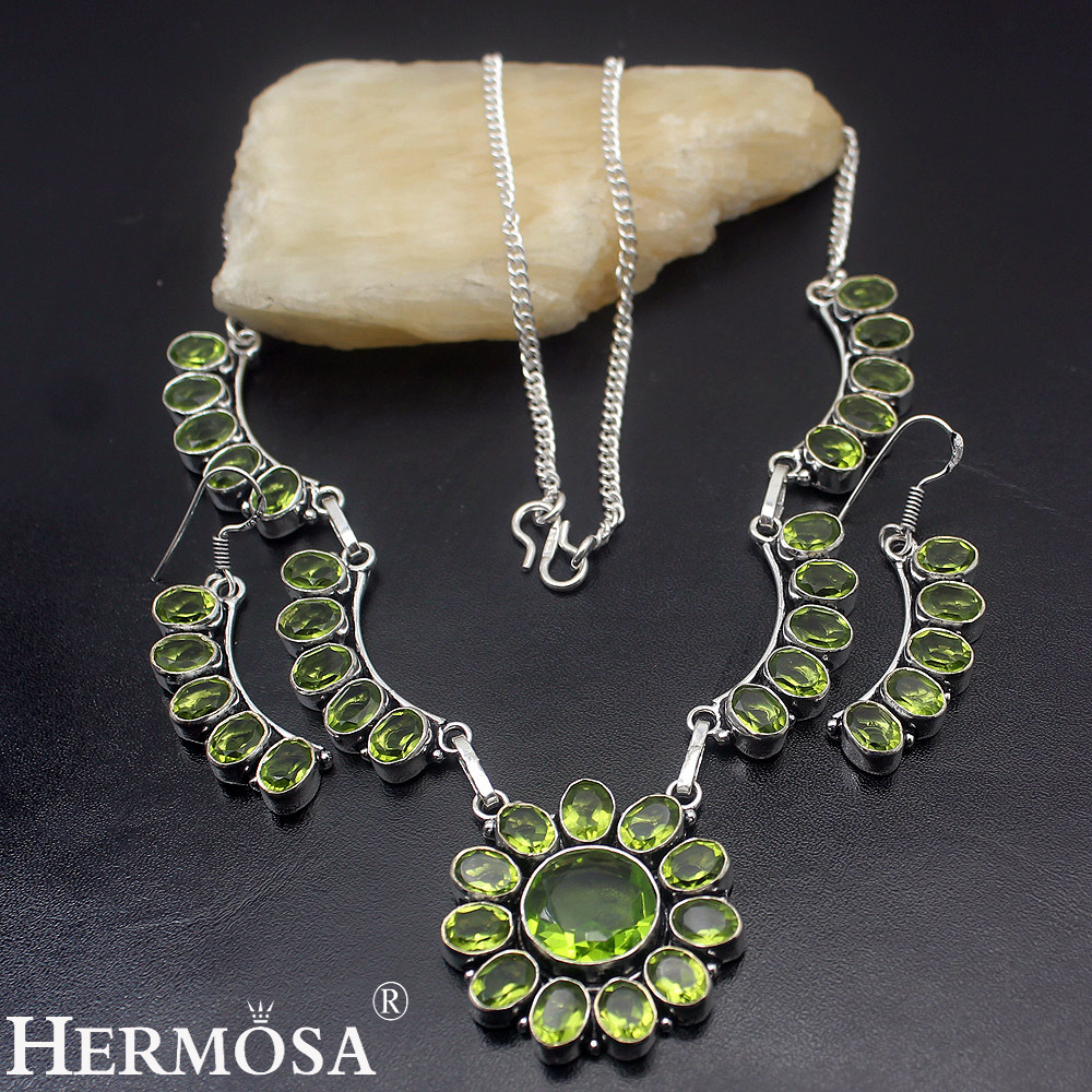 Green Peridot Retro Charms Jewellry Set 925 Sterling Silver Necklace  Earrings Sets Ny475 Hermosa 925 Silver