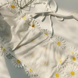 Image 4 - Water Soluble Lace Short Crop Tops Stereo Daisy High Waist Holiday Casual Wear Female Bustier  Crop Top D409