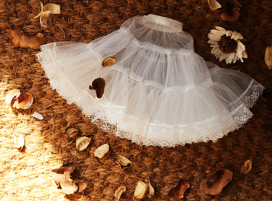 D01-P345 Children Handmade Toy 1/6 1/3 1/4 Doll Accessories BJD/SD Clothes White British Retro Skirt 1pcs
