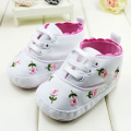 Cute Embroidered Lace Baby Girl Shoes Flower Baby First Walkers Shoes Infant Kids Toddler Soft Bottom Shoes Sneakers Footwear