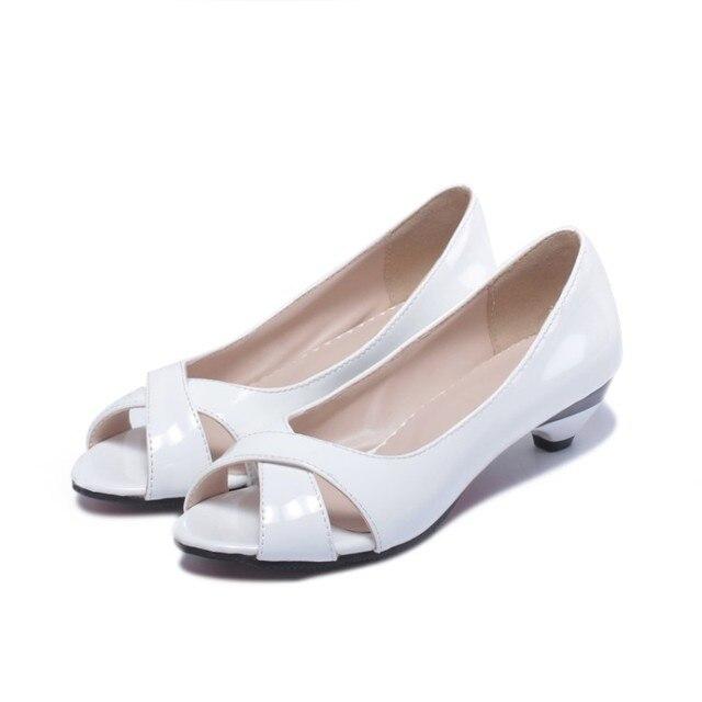 Vendita di grandi dimensioni 34 43 sandali da donna estivi Multi colore con zeppa piccola fiore vernice punta aperta cono tacchi Casual 9 3