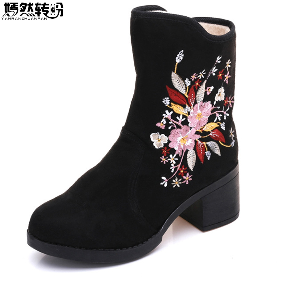 Chinese Winter Women Boots Floral Embroidered Ladies Short Ankle Boots Zipper Soft Warm Black Booties Botas Mujer Plus Size 41 vintage embroidery women flats chinese floral canvas embroidered shoes national old beijing cloth single dance soft flats