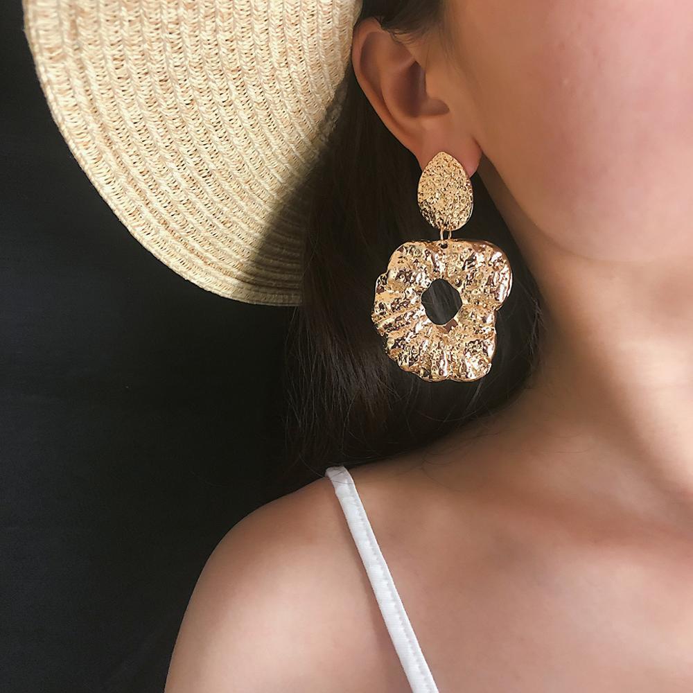Large Apple Shape Earrings Fashion Bohemian Geometric Gifts Earrings For Women Jewelry Long Hollow Metal Earring in Stud Earrings from Jewelry Accessories
