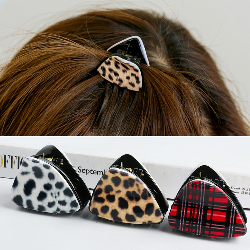 2017 Cat Ears Triangular Leopard Lattice Acrylic Hair Grasping Hairpin Top Clip Summer Headwear Hair accessories for Women Girl halloween party zombie skull skeleton hand bone claw hairpin punk hair clip for women girl hair accessories headwear 1 pcs