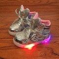 Crianças levou luz até sapatos da criança tênis prata ouro rosa menina sapatos crianças sapatos de iluminação Luminoso Pisca tênis brilhantes