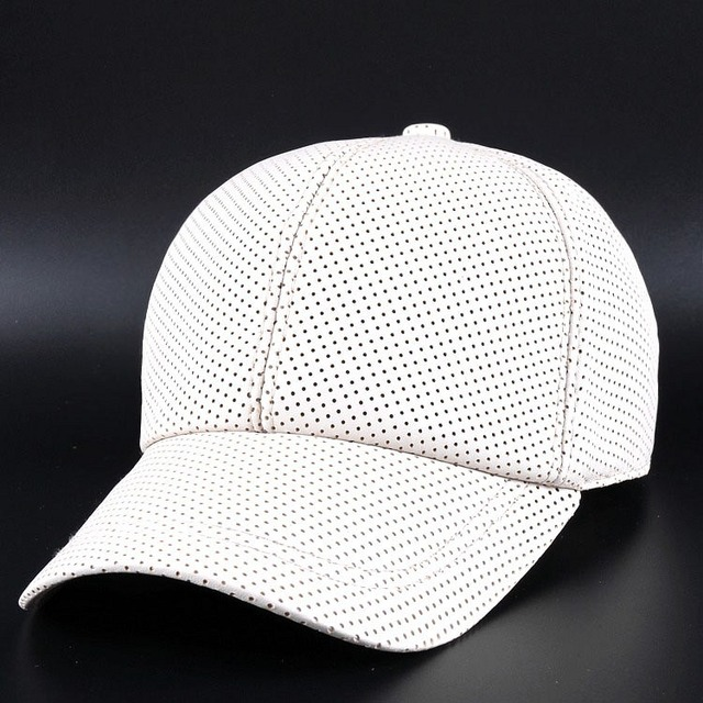 BooLawDee new arrival genuine sheepskin leather baseball cap men and women winter warming adjustable casual leisure casual 4L024