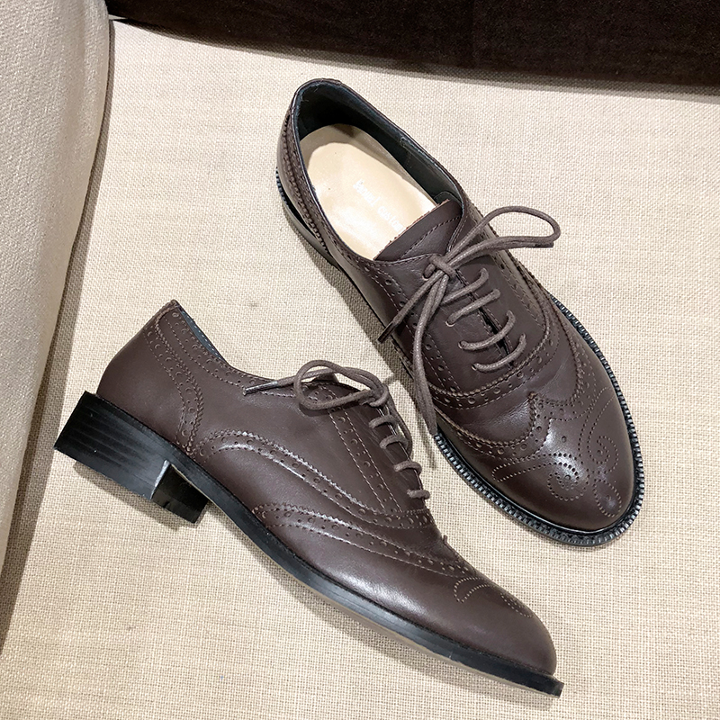Ayakk.'ten Kadın Topuksuz Ayakkabı'de Kadın Flats Oxford Ayakkabı Kadın Hakiki deri sneakers Bayanlar Brogues Vintage Bullock Oyma rahat ayakkabılar için kadın ayakkabısı'da  Grup 2