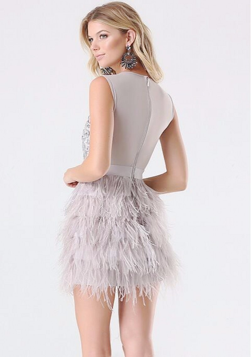 New-Mini-Skirts-Charming-Short-Feathers-Prom-Dress-Sweet-Above-Knee-Crystal-Dinner-Party-Dress-Scoop (1)