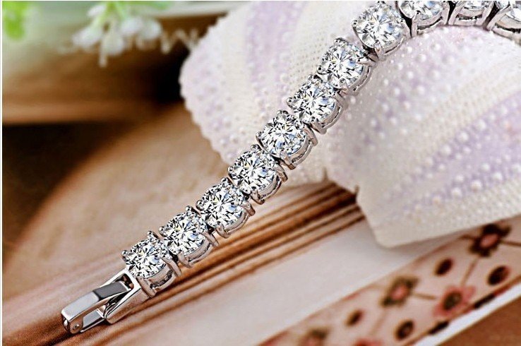 Elegant Certified Sona Synthetic Diamond Bracelet For Women Genuine 925 Sterling Silver Platinum Plated Jewelry Friend In Charm Bracelets From