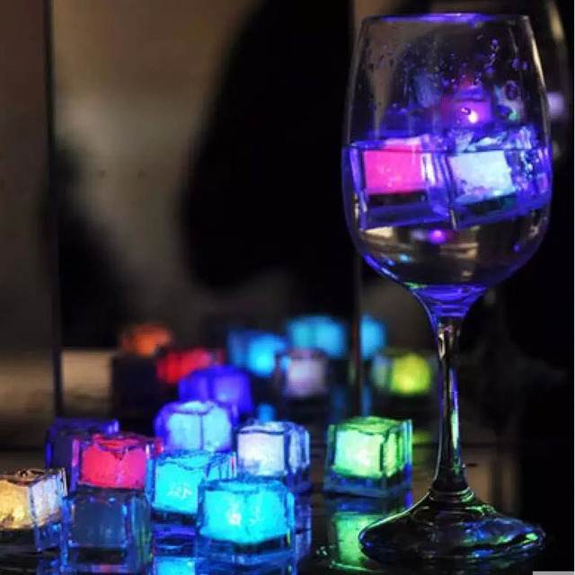 12pcs/lot Colorful LED Ice Cubes DIY Flash Ice Cube for Festival Wedding Party Decor LED Night Glowing Drinking Accessories