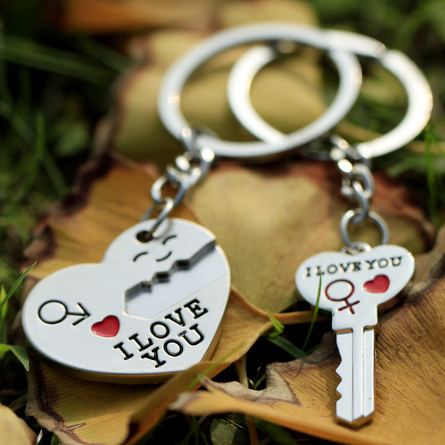 a0edfc337b Hot Sale Zinc Alloy Silver Plated Lovers Gift Couple Heart Keychain Fashion  Keyring Key Fob Creative Key Chain Wholesale