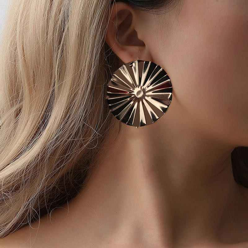 2019 Big Round Stud Earrings for Women Girl Fashion Accessories Punk Gold Silver Color Statement Wedding Earrings Jewelry EB400