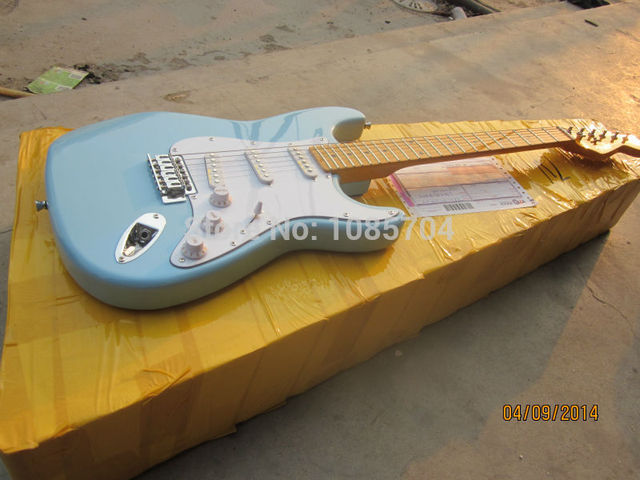 Cheap Electric guitar Free shipping Wholesale new fen st custom shop electric guitar/oem brand sky blue color guitar/guitar in china