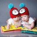 Gêmeo do bebê da menina do menino chapéus New bonito Handmade algodão relógio bebê criança Knit Hat Cap recém-nascido foto Prop Crochet Halloween Costume 3 - 6 m
